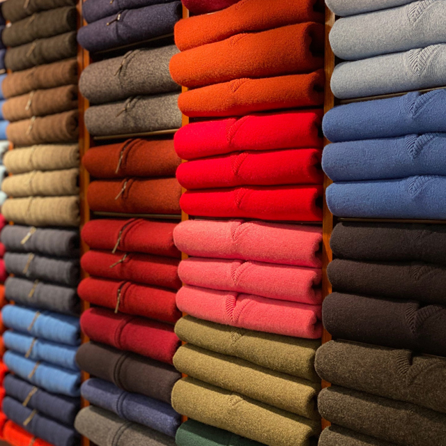Robert Old Cashmere Wall