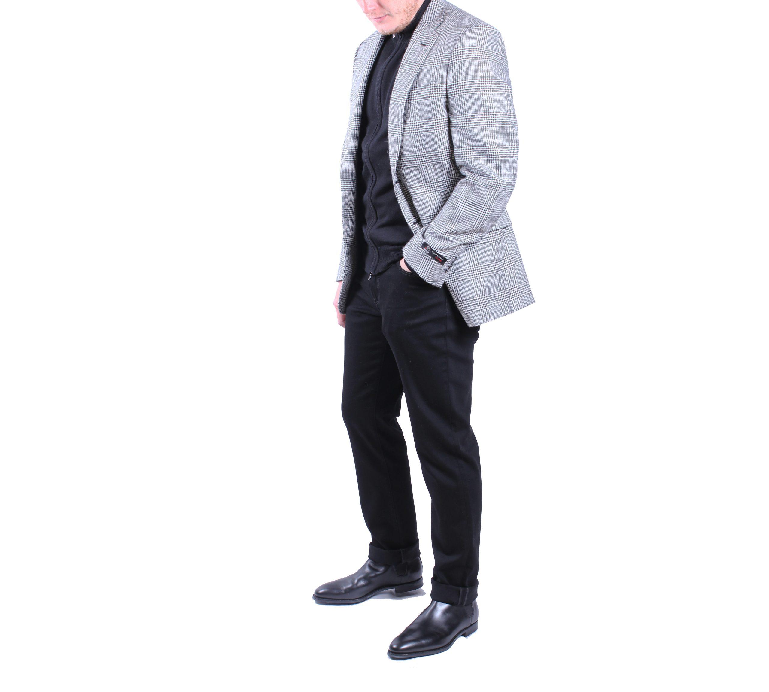 James Bond Chelsea Outfit